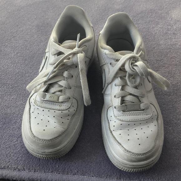 9d1438d75c Girls Nike Air Force ones. M_5c2d0f7e7ee9e2c8bafb9215